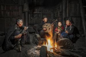 SPC Bronze Medal - Yong Huang (China)  Make Warmth