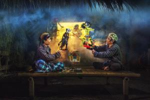 IUP Honor Mention - Arnaldo Paulo Che (Hong Kong)  Puppet Show