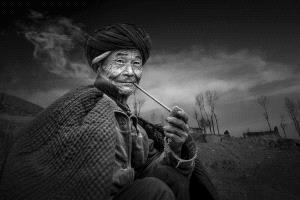 PhotoVivo Honor Mention - Lishu Shu (China)  Longing For
