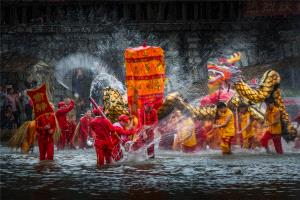 PhotoVivo Silver Medal - Wensheng Zheng (China) <br /> Dragon Dance In Water