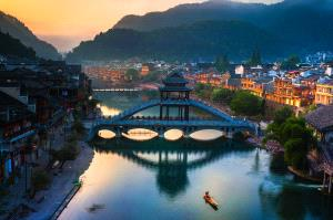 PhotoVivo Honor Mention e-certificate - Lin Zhang (China) <br /> Ancient Town 1