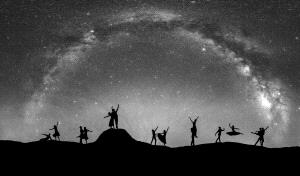 PhotoVivo Gold Medal - Junlin Tang (China) <br /> Dance the Milky way