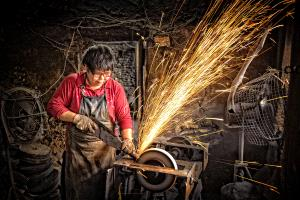 APAS Honor Mention e-certificate - Suet Kwan Noel Li (Hong Kong) <br /> Blacksmith Woman