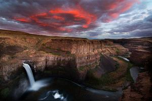 APU Gold Medal - Philip Chan (Canada) <br /> Palouse Falls Sunset