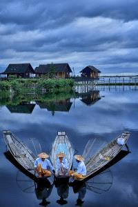APAS Gold Medal - Thi Ha Maung (Myanmar) <br /> Beautiful Morning In Inle